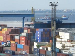 ИДК контейнера в порту — 200 долларов