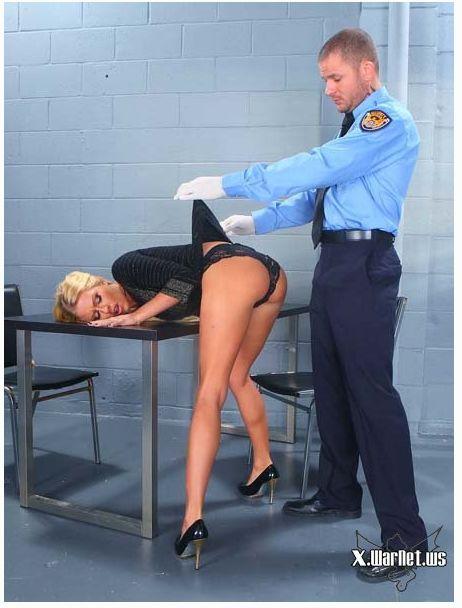 Осмотр в аэропорте порно