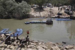 Контрабанда топлива из Сирии в Турцию через реку Оронт